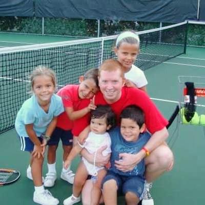 Alejandro C. teaches tennis lessons in Miami, FL