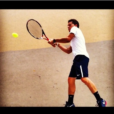 Sergio S. teaches tennis lessons in Miami, FL