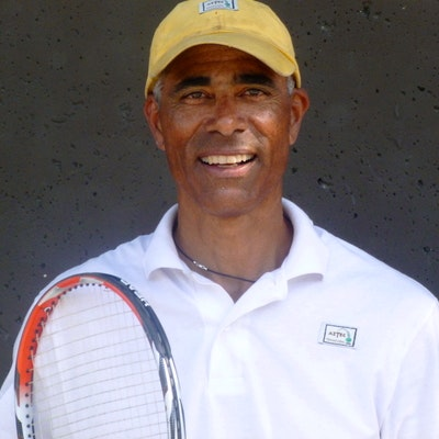 Carlton J. teaches tennis lessons in Berkeley, CA