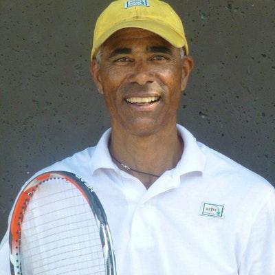Carlton J. teaches tennis lessons in Berkeley, CA