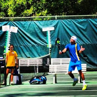 Radek R. teaches tennis lessons in Los Angeles, CA
