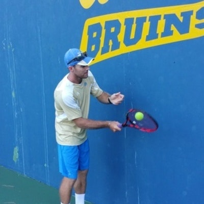 Rikus D. teaches tennis lessons in Los Angeles, CA