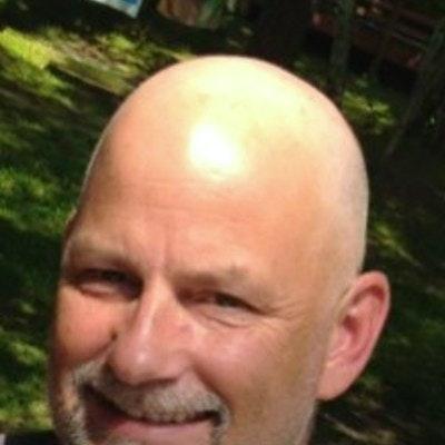Robert W. teaches tennis lessons in Maple Grove, MN