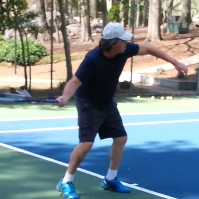 Brian L. teaches tennis lessons in Macon, GA