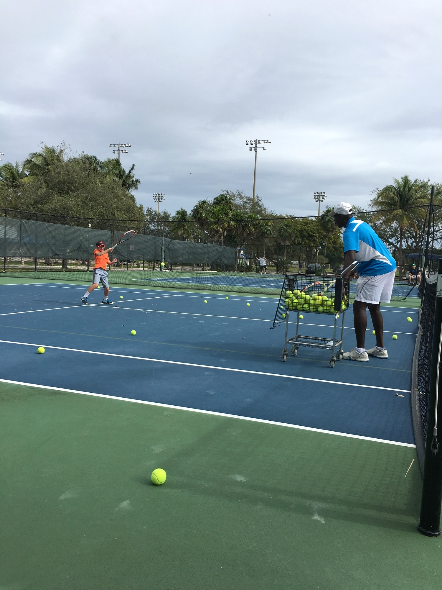 Keith S. teaches tennis lessons in Fort Lauderdale, FL
