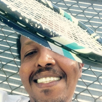 Ali A. teaches tennis lessons in Tampa, FL