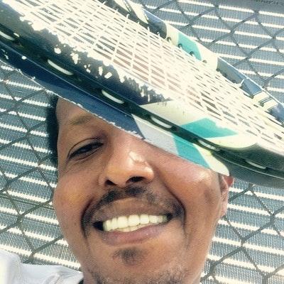 Ali A. teaches tennis lessons in Tampa, FL