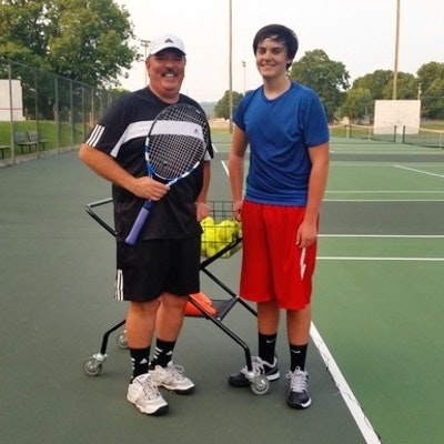 Robert J. teaches tennis lessons in Clinton, TN