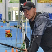 Yevgeniy D. teaches tennis lessons in Sunny Isles Beach, FL