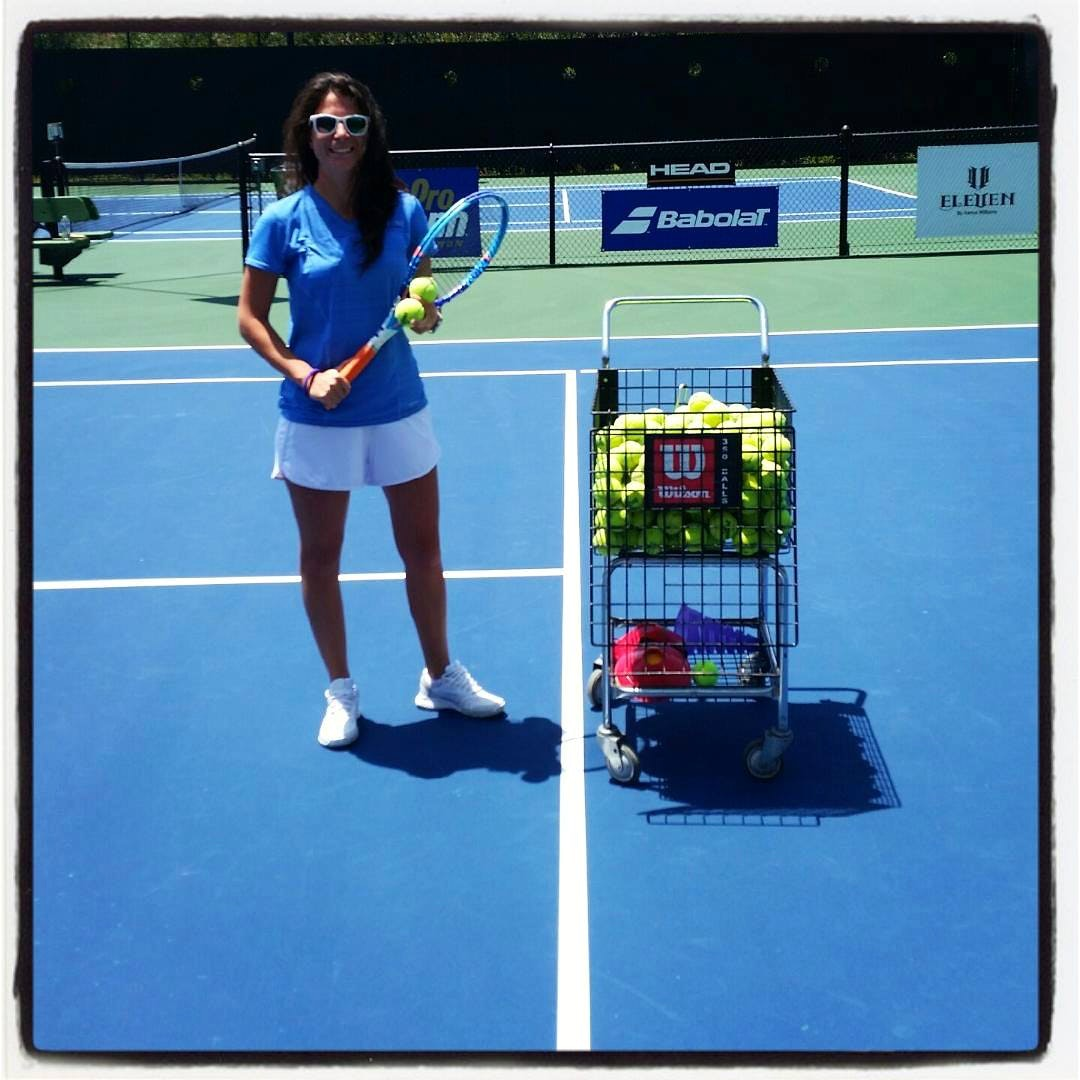 Tanya L. teaches tennis lessons in Saint Petersburg, FL