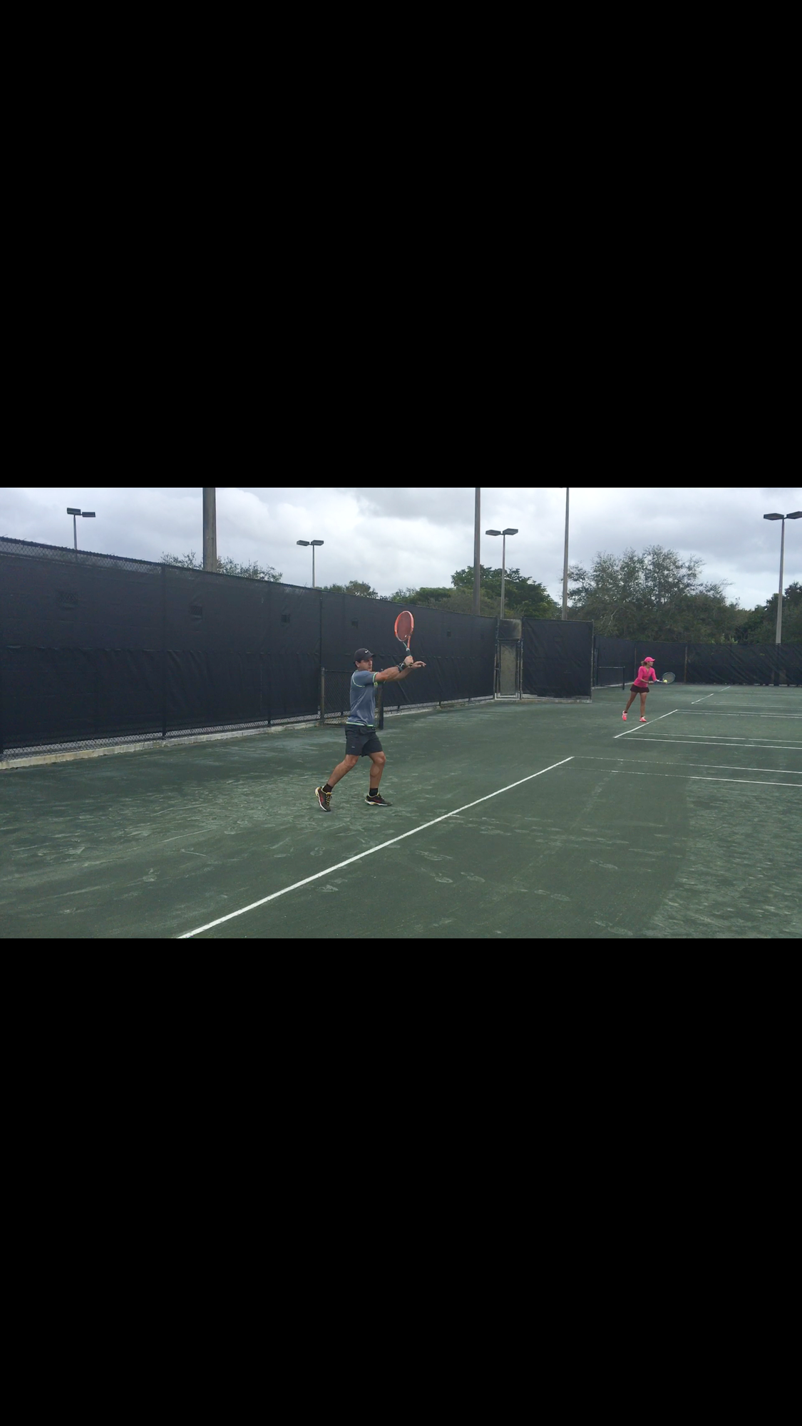 Jorge R. teaches tennis lessons in Miami, FL
