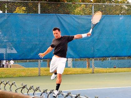 Marc N. teaches tennis lessons in Cedar Park, TX