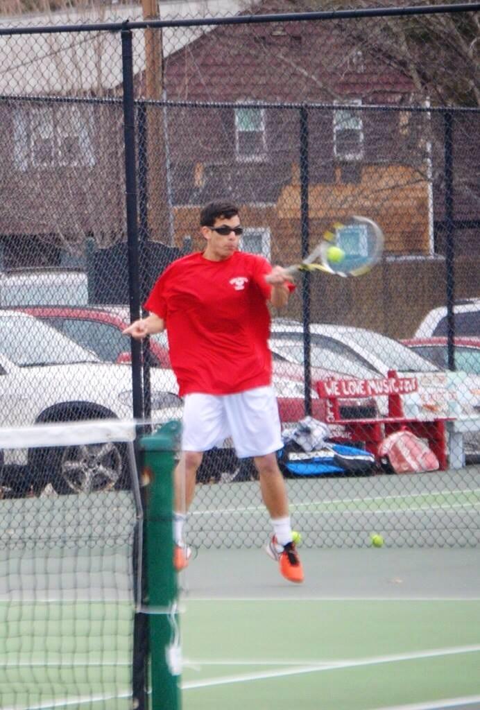 Scott B. teaches tennis lessons in Burlington, MA