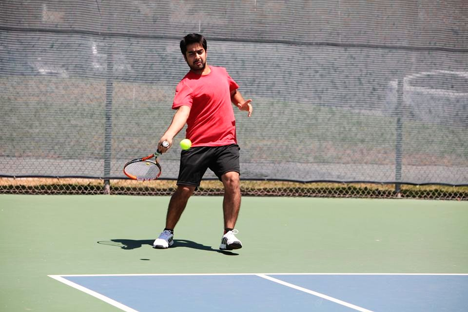 Tushar A. teaches tennis lessons in Burlingame, CA