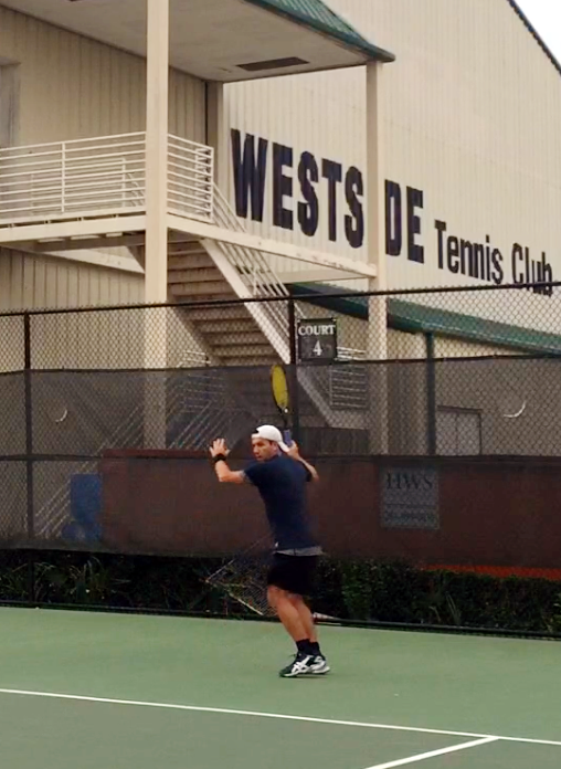 Francisco C. teaches tennis lessons in Houston, TX