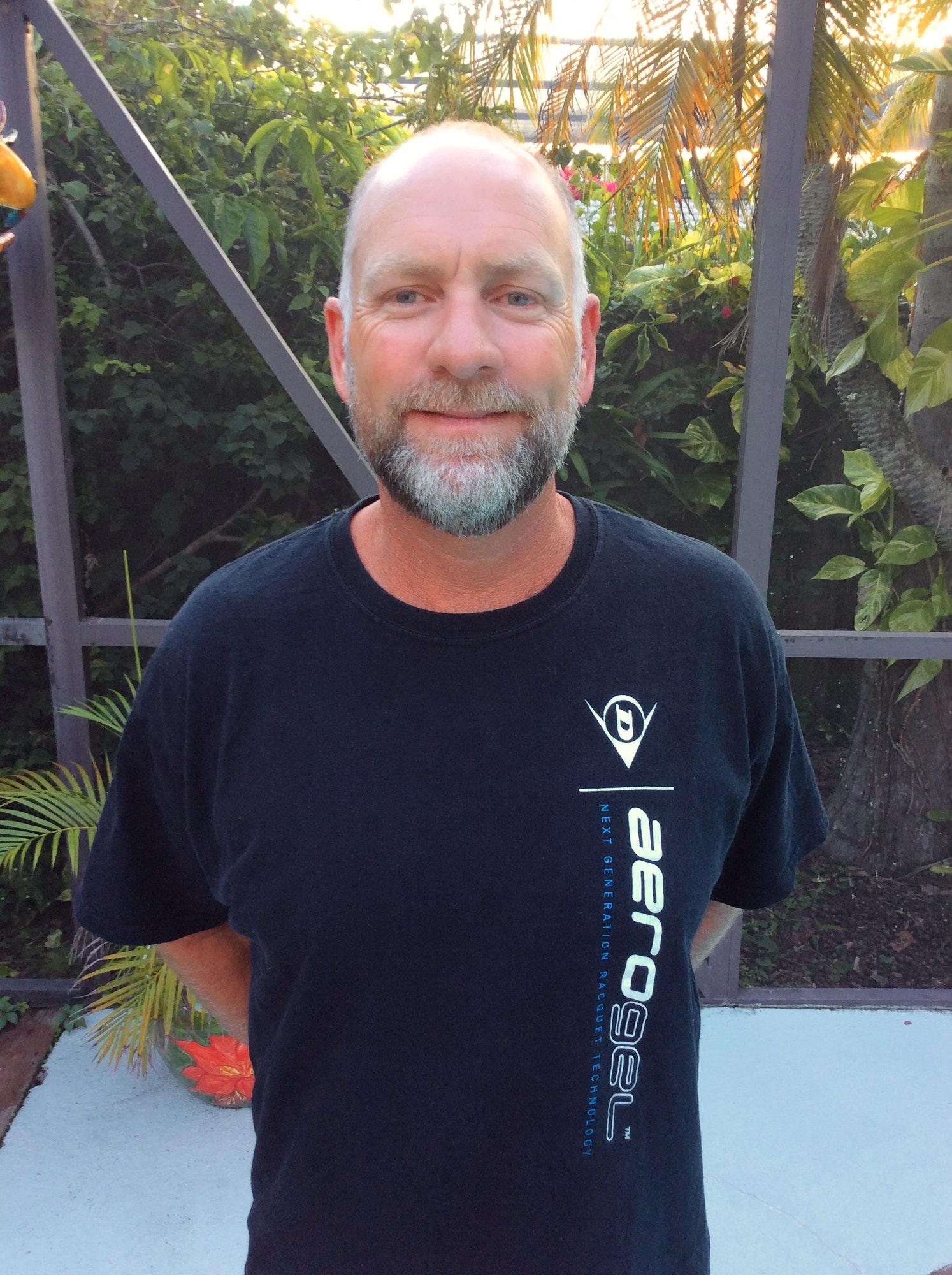 Jeff L. teaches tennis lessons in Sarasota, FL