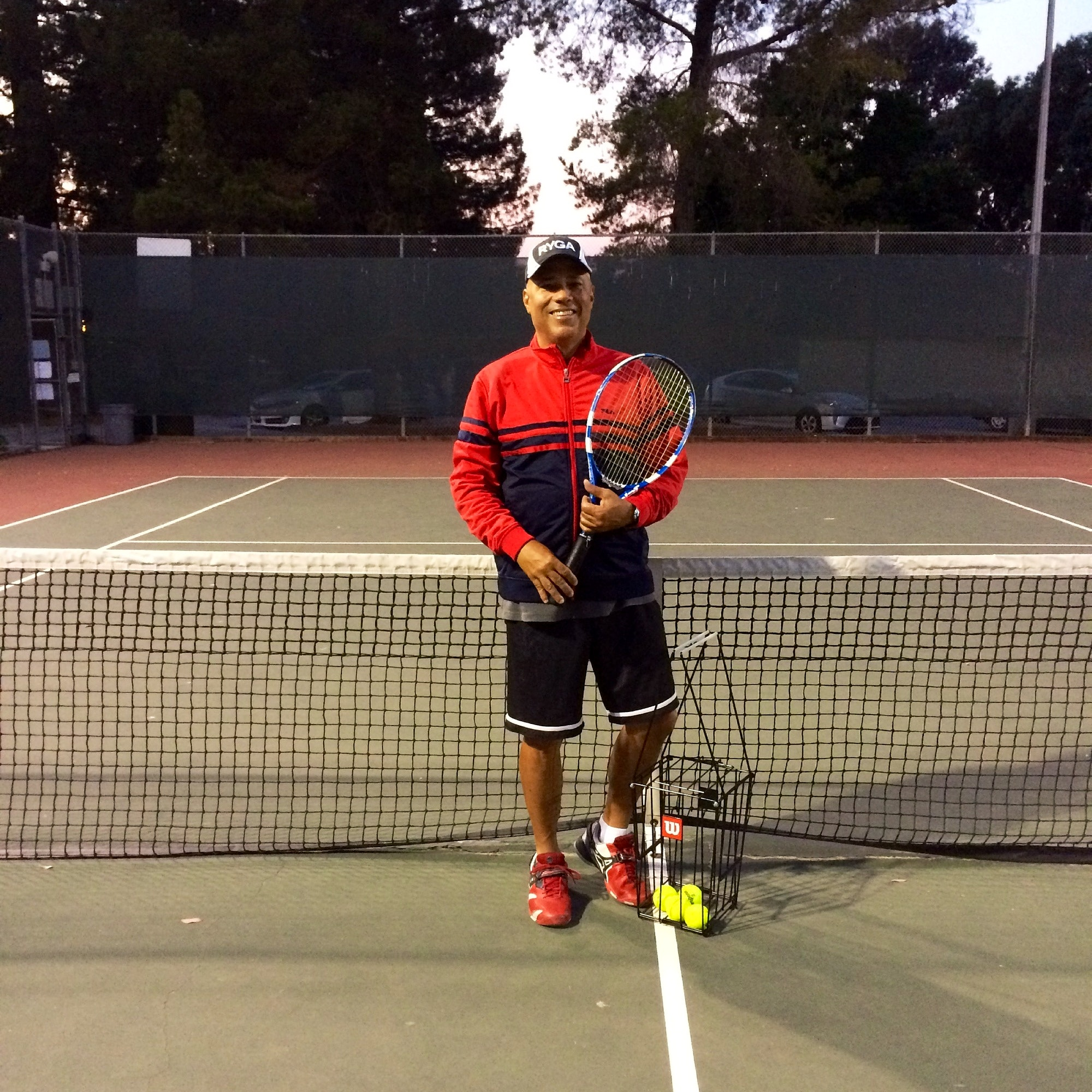 Kevin G. teaches tennis lessons in Oakland, CA