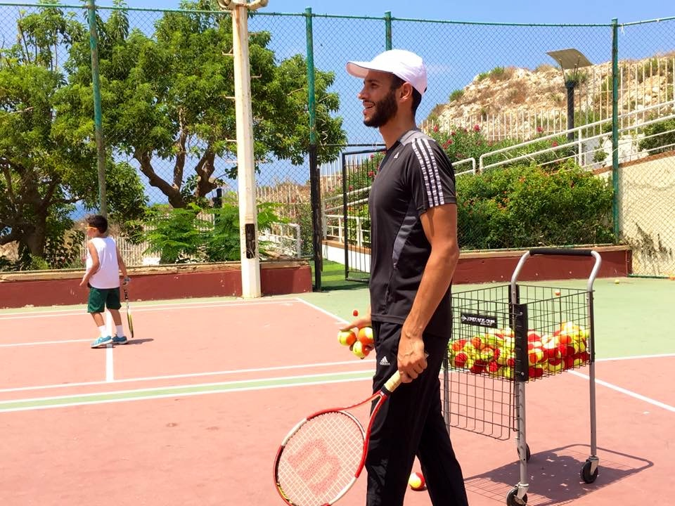 Afif D. teaches tennis lessons in Norwalk, CA