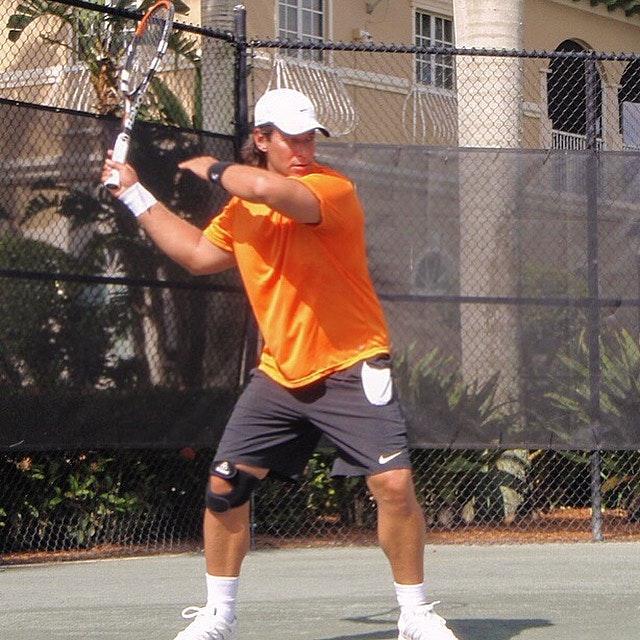 Daniel N. teaches tennis lessons in Aventura, FL