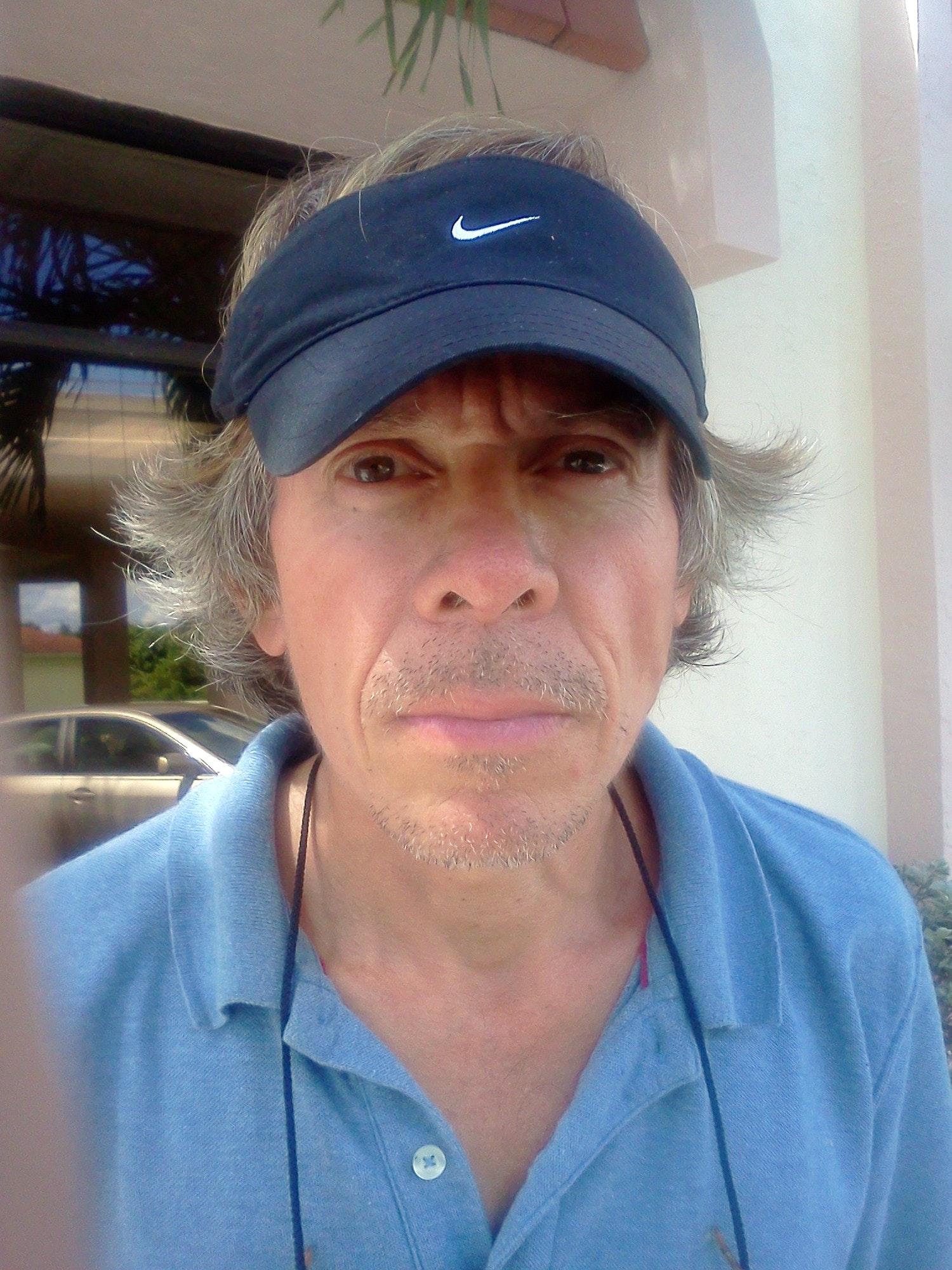 Edgar G. teaches tennis lessons in Venice, FL