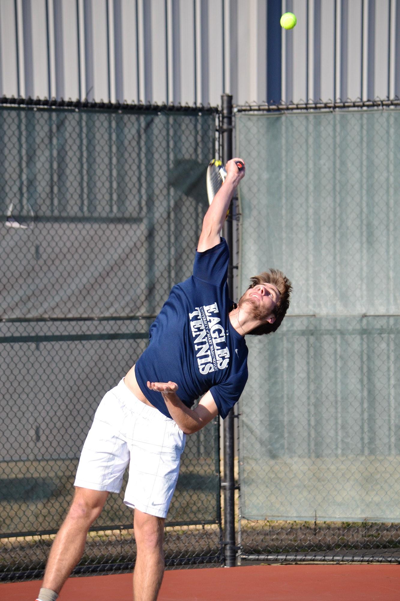 Scott B. teaches tennis lessons in Charlotte, NC