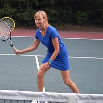 Robby D. teaches tennis lessons in Suwanee, GA