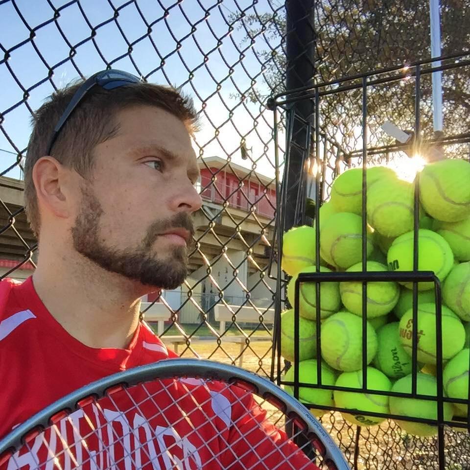 David P. teaches tennis lessons in Crestview, FL