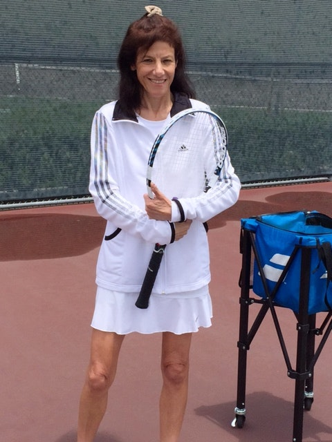 Jill I. teaches tennis lessons in Foothill Ranch, CA
