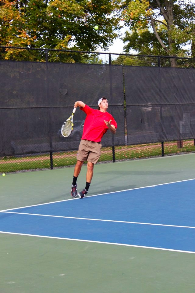 Jesse G. teaches tennis lessons in Medford, MA