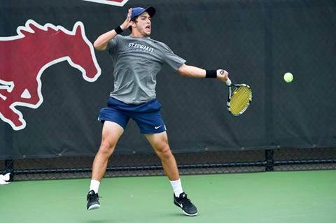 Maximo A. teaches tennis lessons in Austin, TX