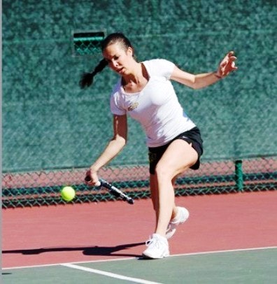 Maja P. teaches tennis lessons in Monterey Park, CA