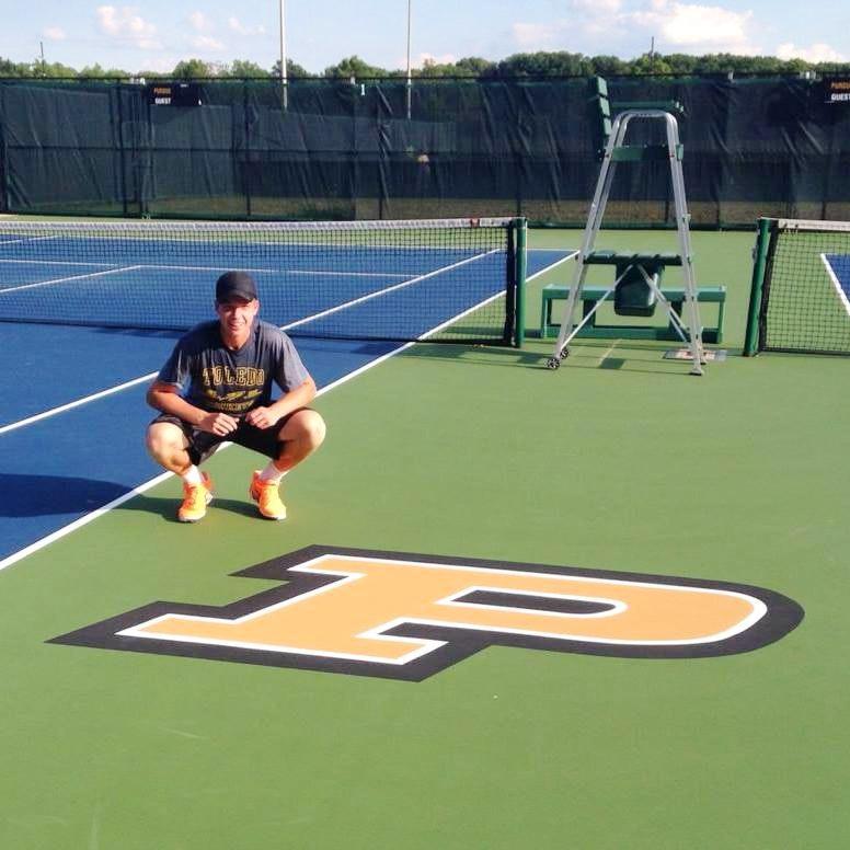 Austin H. teaches tennis lessons in Cincinnati , OH