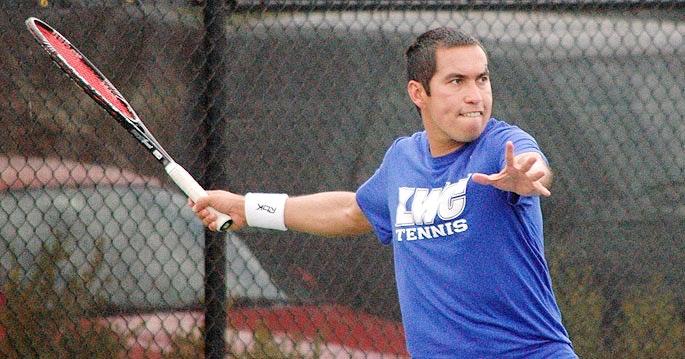Fabricio M. teaches tennis lessons in Columbus, OH