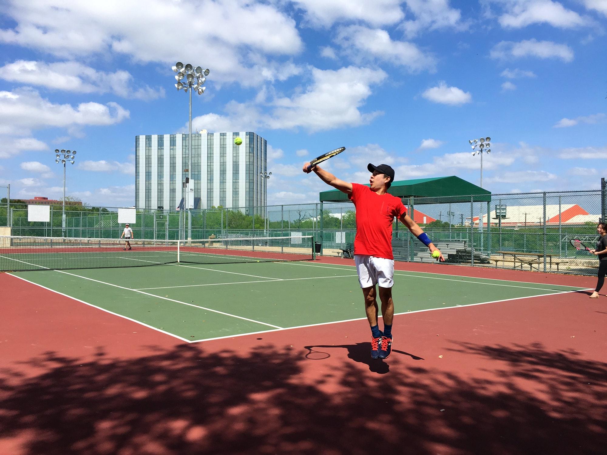 Kevin W. teaches tennis lessons in New Braunfels, TX