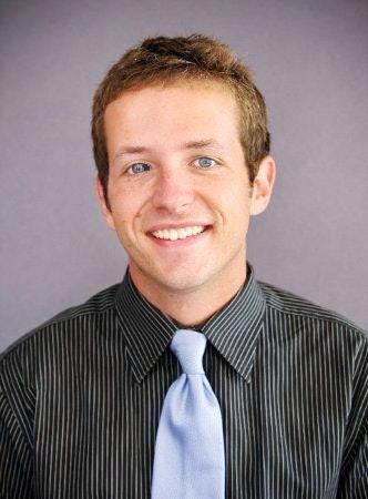 Ryan M. teaches tennis lessons in Alexandria, VA