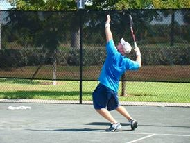 Michael H. teaches tennis lessons in Tampa, FL