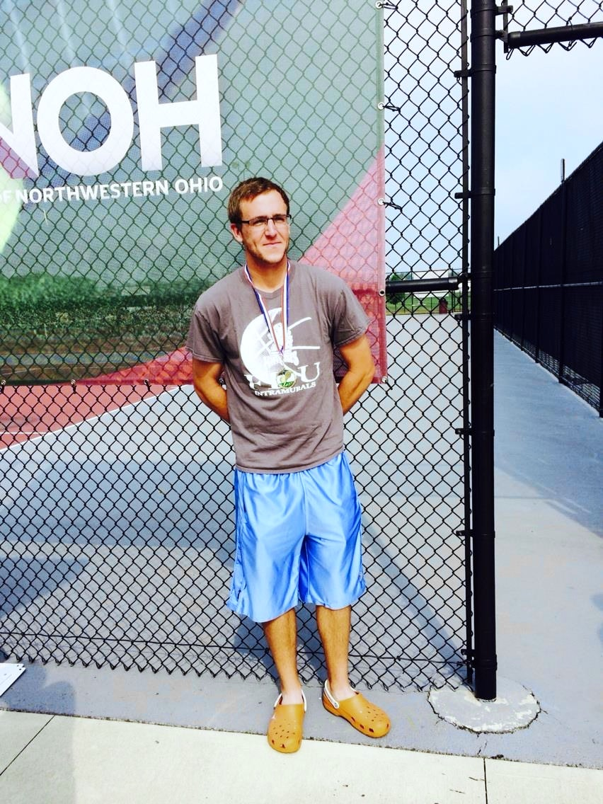 Brandon F. teaches tennis lessons in Dallas, TX