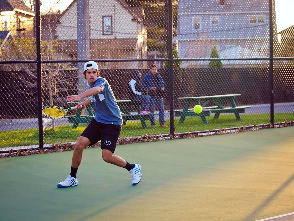 Santiago C. teaches tennis lessons in Whiting, IN