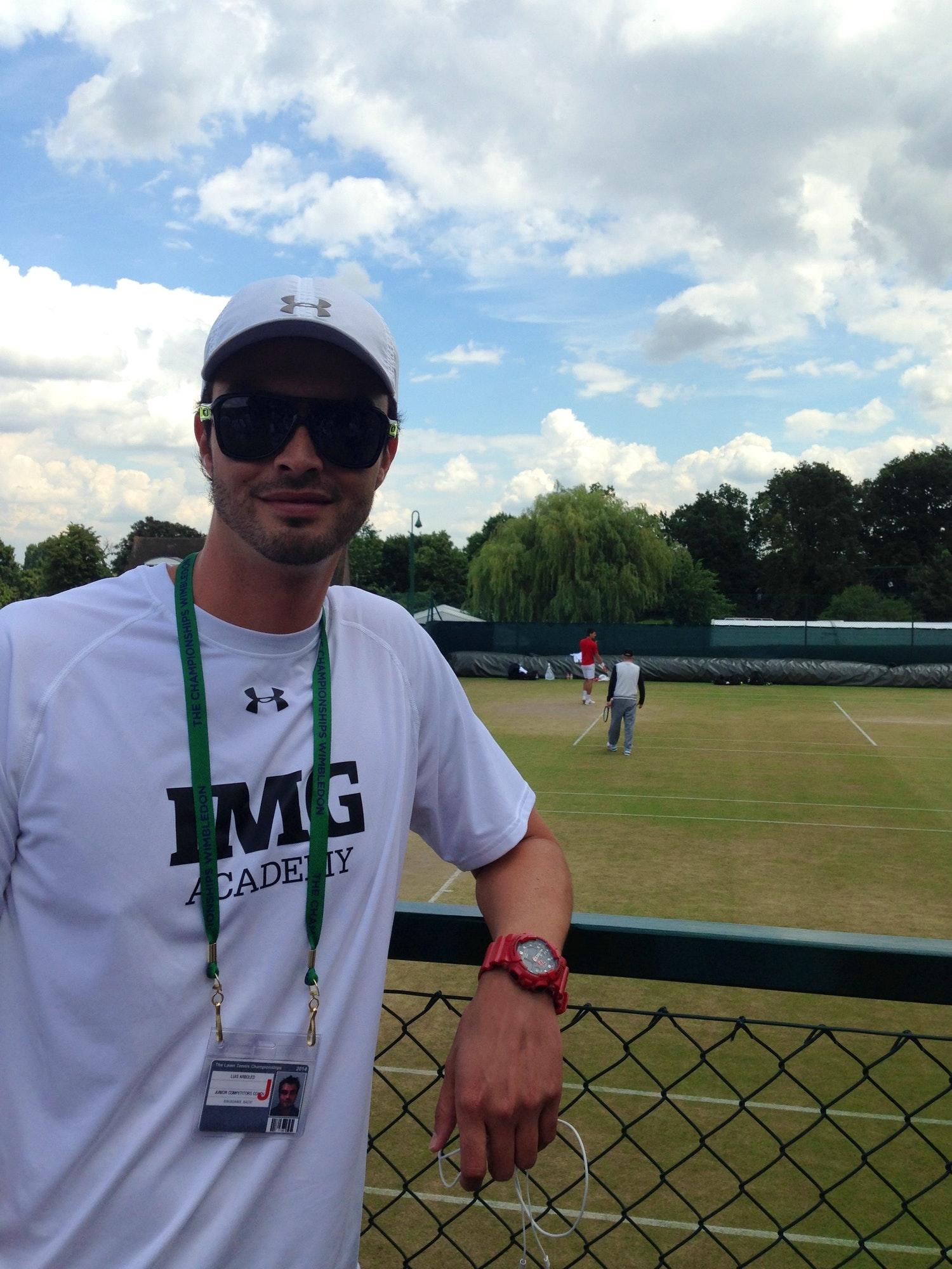 Lucho A. teaches tennis lessons in Boynton Beach , FL