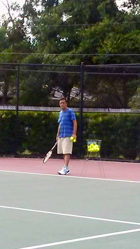 Ibro T. teaches tennis lessons in Clearwater, FL