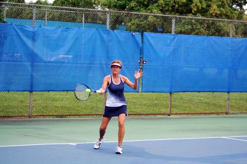 Elaine M. teaches tennis lessons in Robbinville, NJ