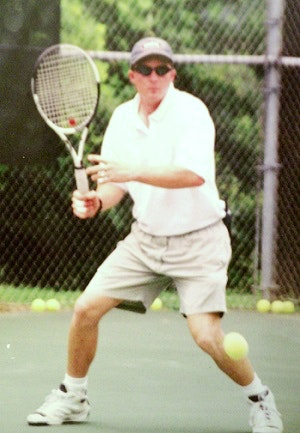 Tom F. teaches tennis lessons in Melbourne, FL